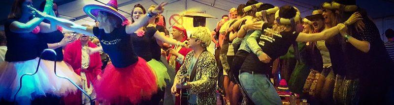 Carnaval themafeest met zanger/gitarist en entertainer Stephan Barneveld en dj - bedrijfsfeest, feestdag of gewoon feest