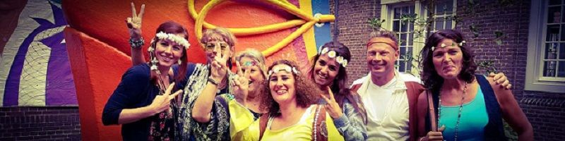 Flower Power Party - Themafeest met livemuziek, dj, decoratie, licht- en geluidsinstallatie - inclusief reiskosten, sociale lasten en btw!