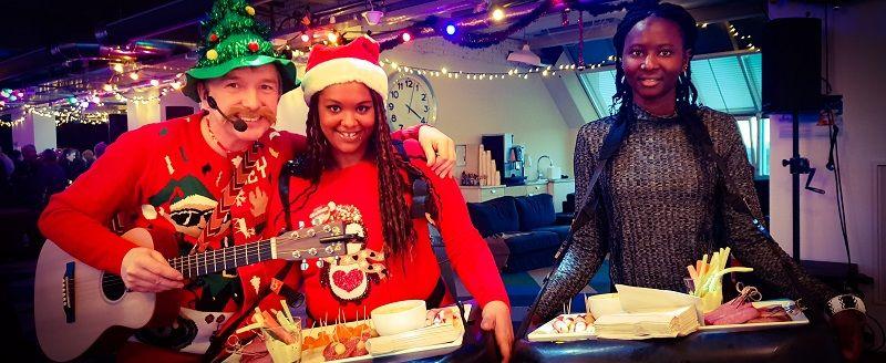 Foute kerstparty - het foute kerstfeest met livemuziek, dj, decoratie - compleet verzorgd kerstfeest