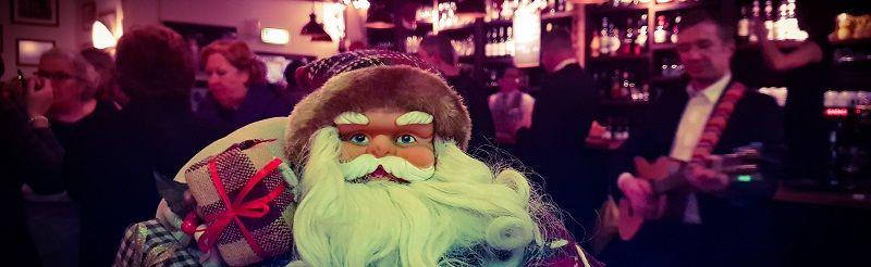 Foute kerstparty - het foute kerstfeest met livemuziek, dj, decoratie - compleet verzorgd kerstfeest - winters themafeest met livemuziek, dj, licht, geluid en decoratie - voor de meest gezellige winterdagen - Feest voor bedrijfsfeesten, personeelsfeest, kerstfeest, verenigingen, verjaardagen, prive feesten
