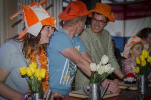 Hollandse Feestavond met Zanger & DJ