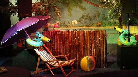 Tropische dj booth voor allround dj en live muziek