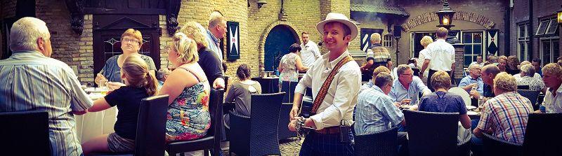 Stephan Barneveld - zanger/gitarist en entertainer - bedrijfsfeesten, themafeesten, bruiloften, evenementen, festivals en cruiseschepen, alles is mogelijk! - Themafeesten, oktoberfest, woodstock, ibiza