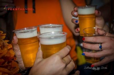 vrijmibo - De gezelligste vrijdag middag borrel met live muziek - personeelsfeest, bedrijfsfeest, verjaardag, jubileum, straatfeest, feestdag, bruiloft of gewoon feest - alles is mogelijk - feest op maat voor een vaste prijs!